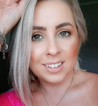 Gabriela D. P.